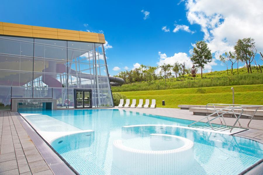 The pools syrdall schwemm for Swimming pool luxembourg kirchberg